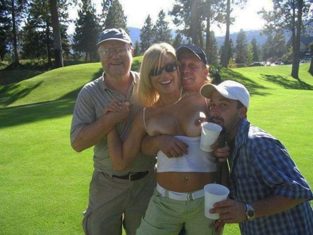 golfing-girls-25